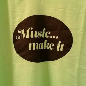 Music v-neck tee